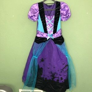 Girl's Witch Costume with Scene on the Bottom 10
